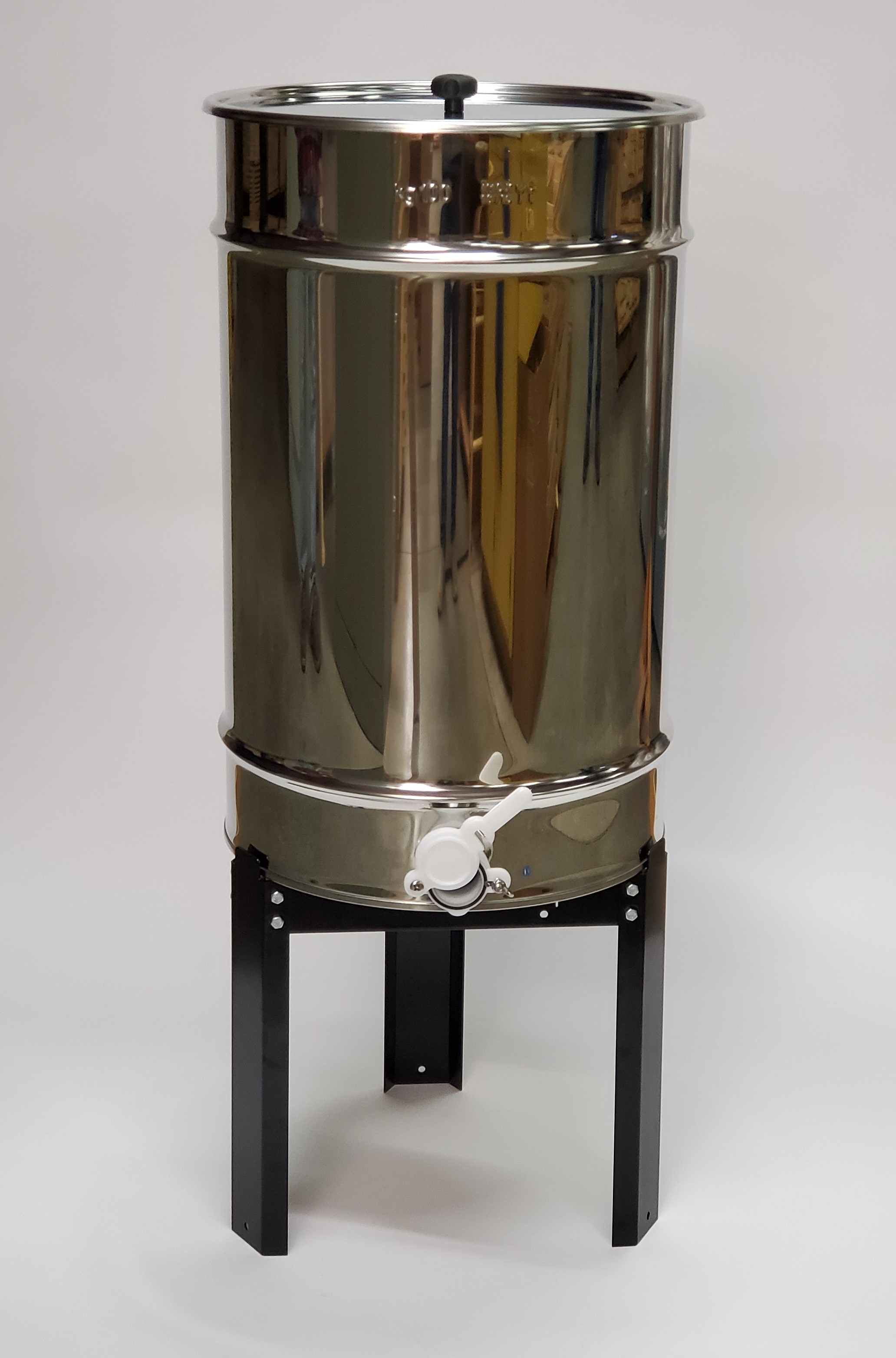 220 Lb Honey Tank with Stand